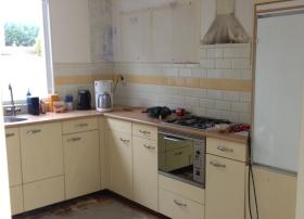 Bestaande keuken  demonteren en verbouwen