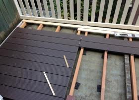 Montage nieuwe terrasdelen